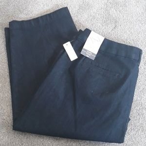NWT St John's Bay Ladies capris